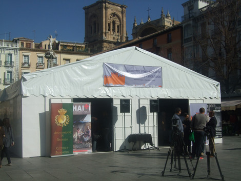 CARPA DE RECOGIDA DE ALIMENTOS Y ACTUACIONES EN PLAZA BIBRAMBLA