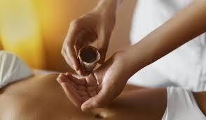 Massaggio Kerala