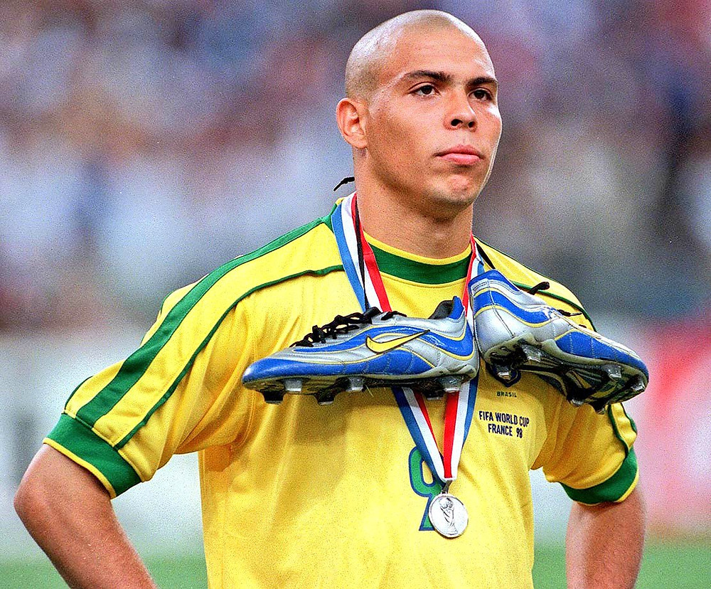 Ronaldo é um dos símbolos de jogadores brasileiros que marcaram com o patrocínio da Nike Foto: