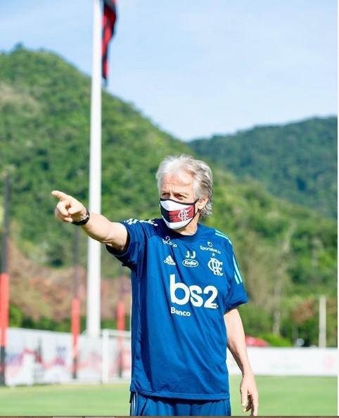 O técnico Jorge Jesus a princípio permanece no Flamengo Foto: Reprodução Instagram/Jorge Jesus