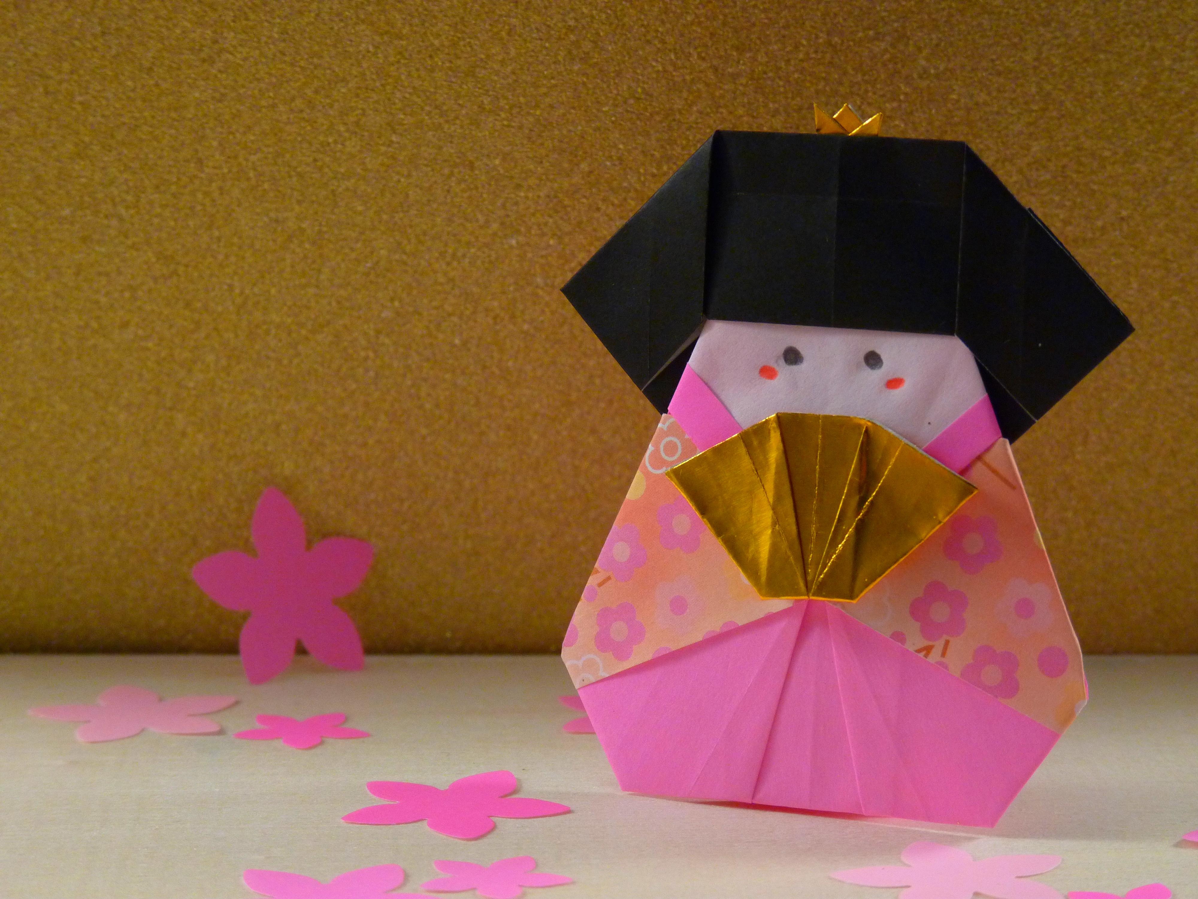 Stand_poupées_en_origami_hina_matsuri_-_