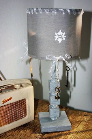 Lonely Lamp Seeks Romantic Makeover... And Gets It!