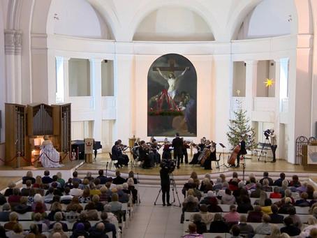 """Оркестр """"Северная Венеция"""" поздравляет с наступающим Новым годом!"""