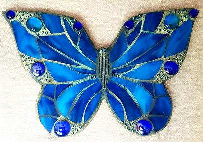 """Wand-Deko """"Schmetterling in Blau"""", wird verkauft."""