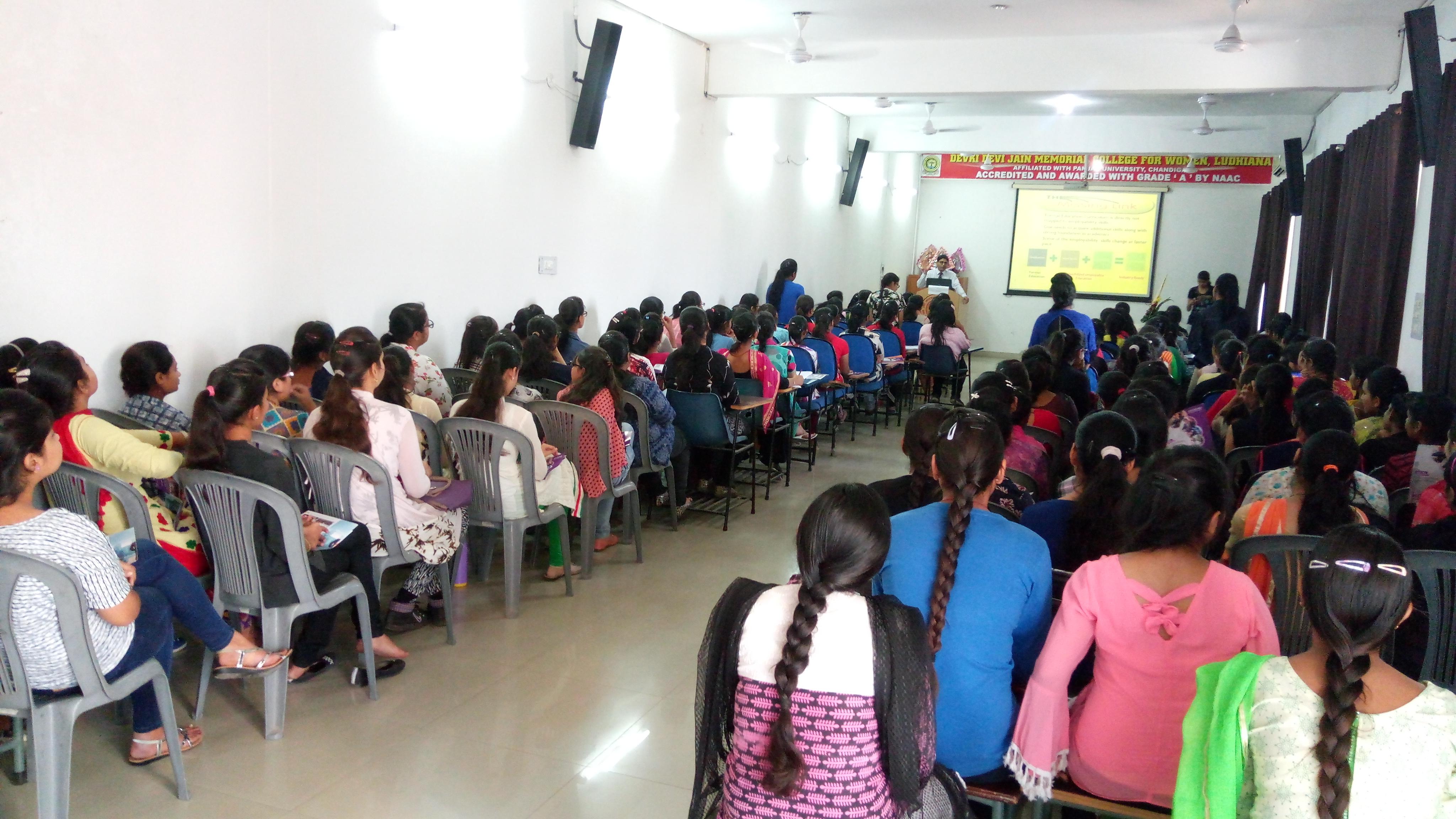 D.D.Jain College,Ludhiana