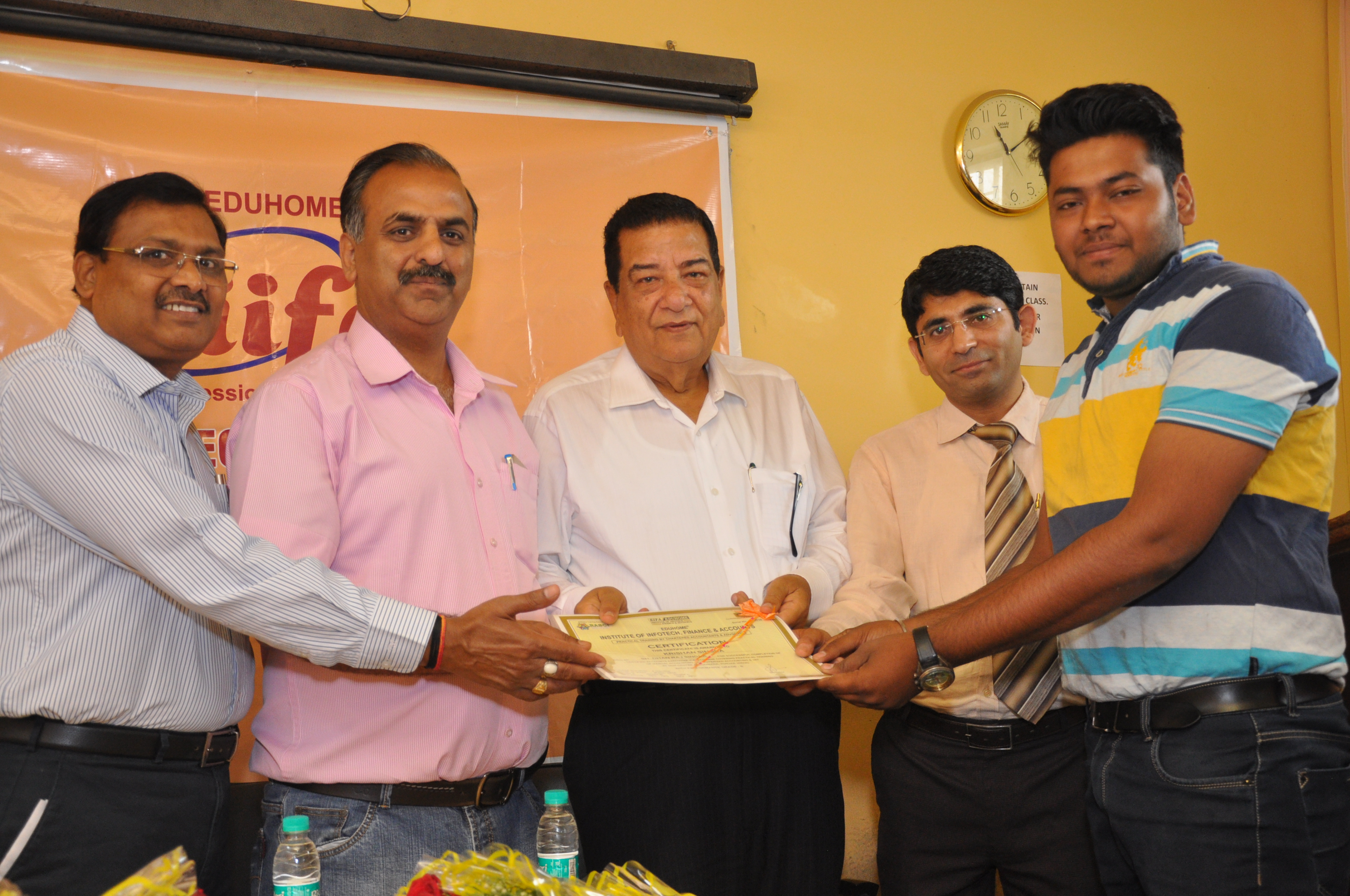 CERTIFICATE DISTRIBUTION 2016 (25)
