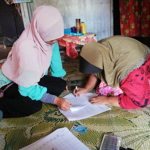 Dila requesting the participant's consent before starting the survey