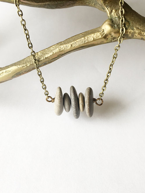 5 stone sideways stacked necklace