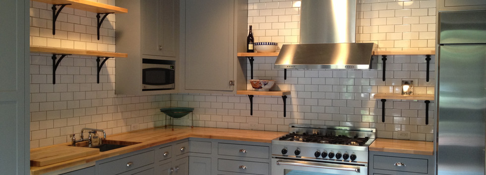 This carriage house Kitchen is ready for the party with everything needed for the caterer to walk in and entice guests with delicious smells all evening.