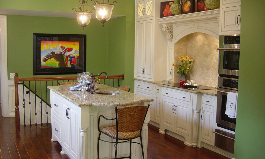 A beautiful and warm Kitchen to delight the senses with yummy smells.  This one of a kind Cherokee area home was updated with the latest in technology while keeping the traditional feel.