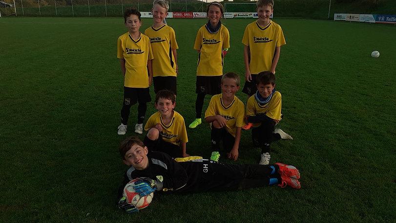 Mannschaftsfoto E-Jugend 1.jpg