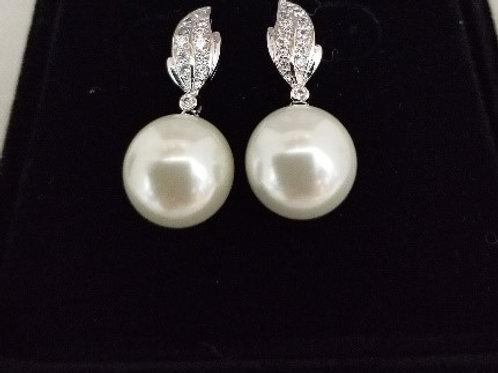 Faux Pearl Earring