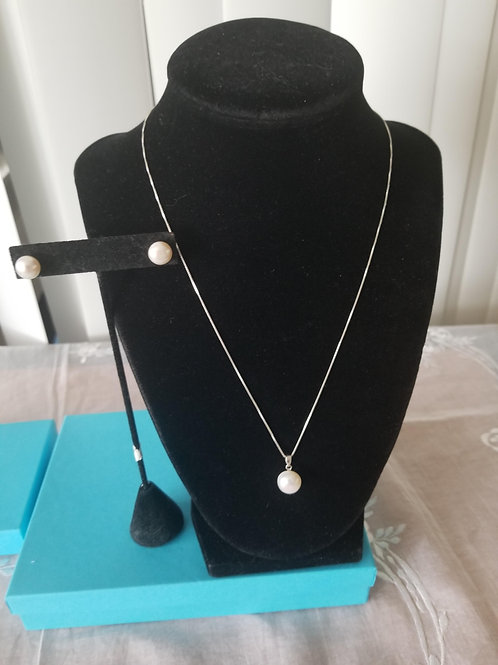Single Pearl Necklace Set