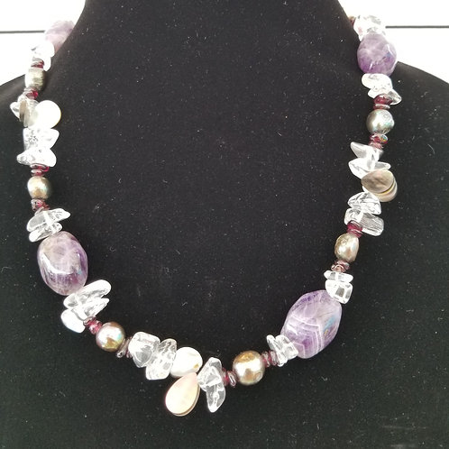 Amethyst and Quartz Cristal Necklace