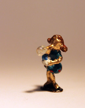 """Mini Escultura """"Bolinha de Sabão"""" do artista Ivan Cruz - Brincadeiras de Criança"""