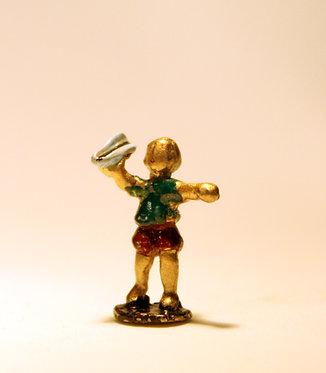 """Mini Escultura """"Avião de Papel """" do artista Ivan Cruz - Brincadeiras de Criança"""