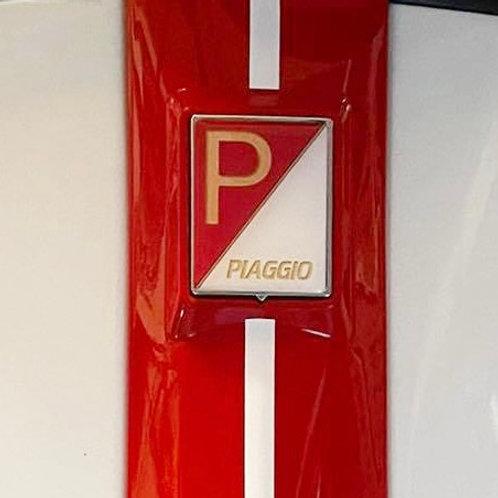 """Noch eine Plakette für die Kaskade """"Racing Sixties white"""""""