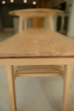 Tapered bench seat