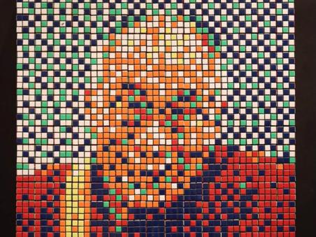 "Invader's sale of the ""Rubik Dalaï Lama"" by Artcurial"