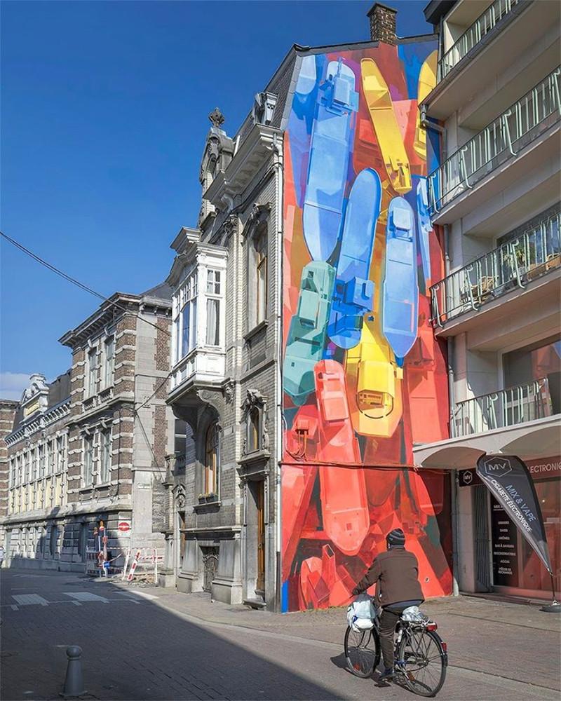 """Fresque murale : Huy """"Touché, coulé"""" par Matth Velvet"""