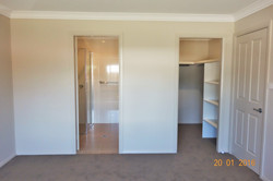 Walk in robe & ensuite