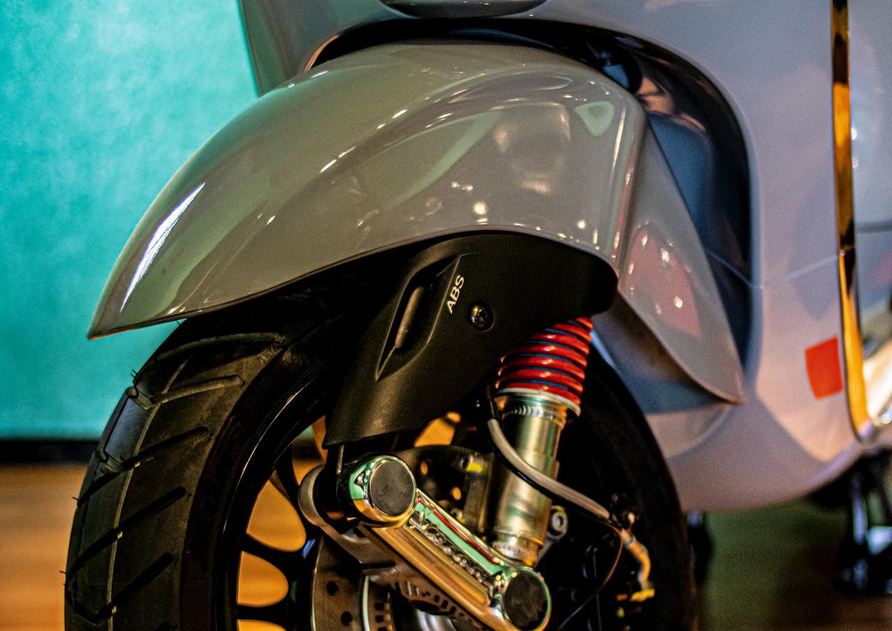 rueda-motoneta-vespa.jpg
