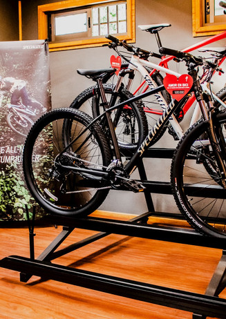 bicicletas-specialized-stand.jpg