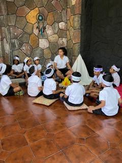 'A vos plumes !' Ou Comment s'inspirer de la pédagogie Montessori pour faire classe?