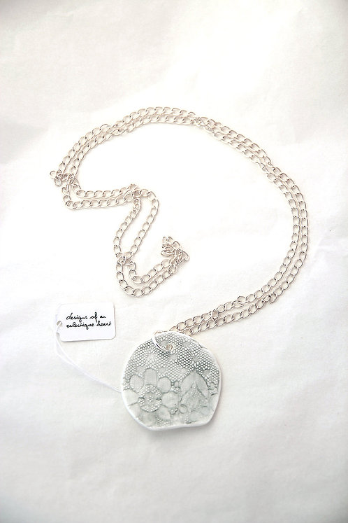 3/4 Circle Necklace