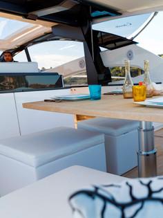Colorado 56-rioyachts - tavolo esterno p