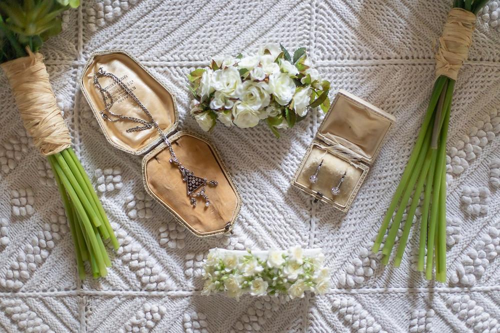 Brincos e colar da avó da noiva Bride's grandma earings and necklace