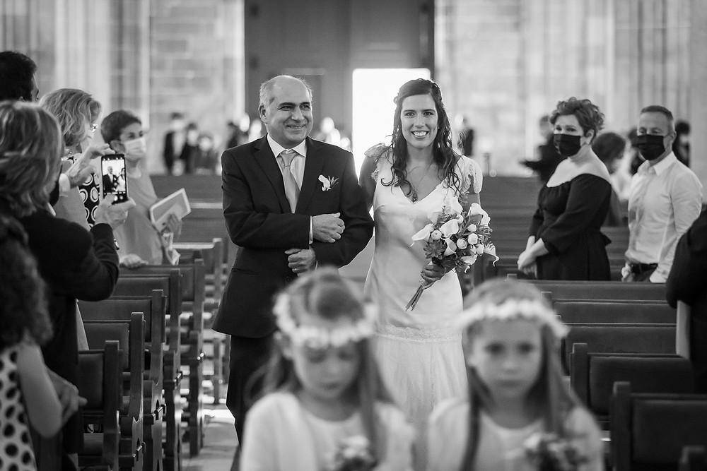 noiva entra com o pai
