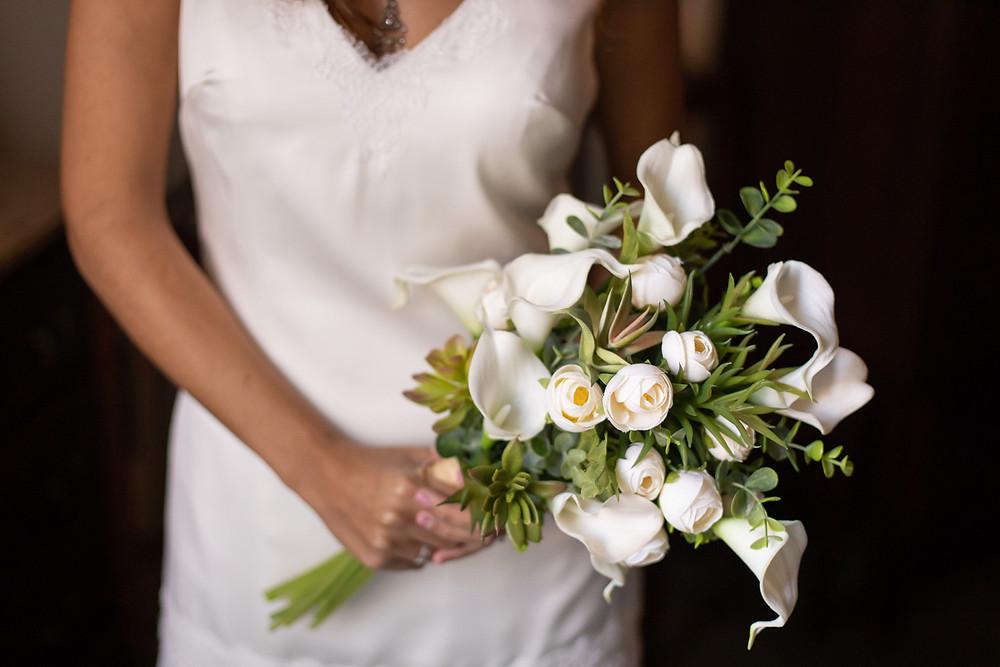 Bouquet noiva flores brancas