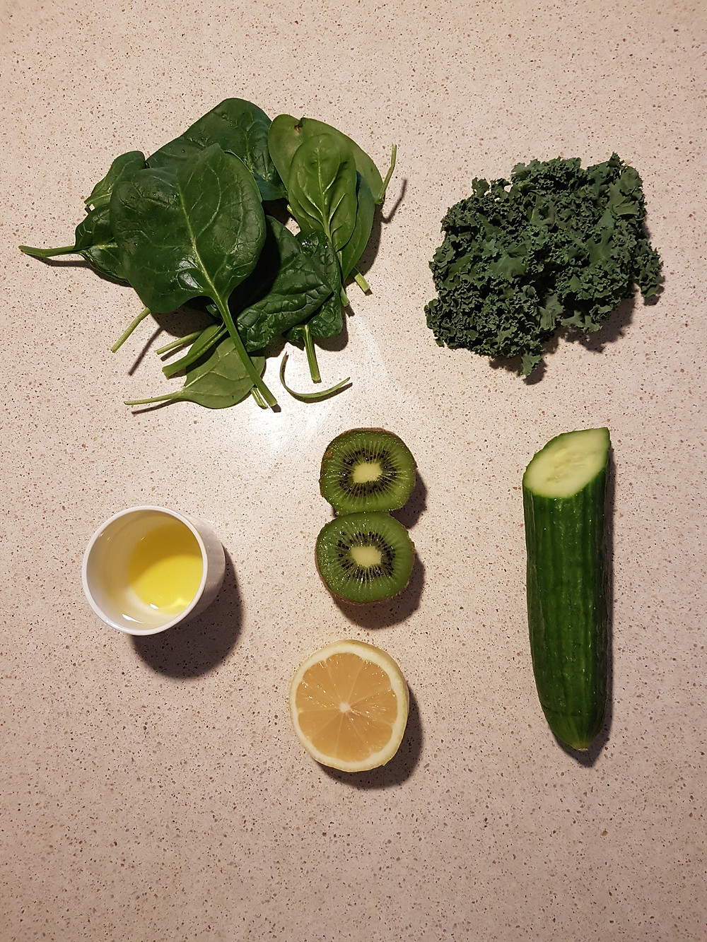 Smoothie tout vert riche en fibres et vitamine C
