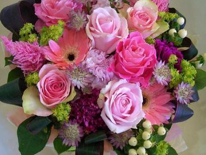大切な人へ花を贈ろう
