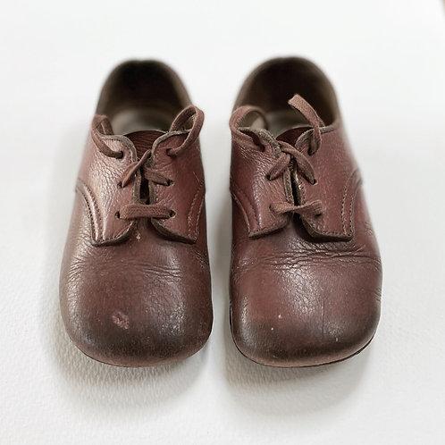 CLARKS - vintage childrens shoes
