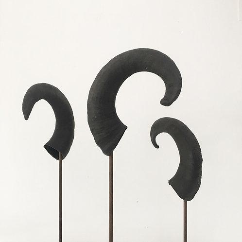 ram horns - vintage decorative display sculpture