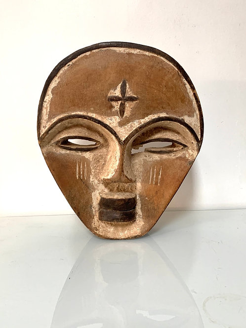 TRIBAL FACE MASK - old vintage west african carved wood