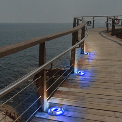 Aruba Classic (Traditional Style Solar LED Dock Light)