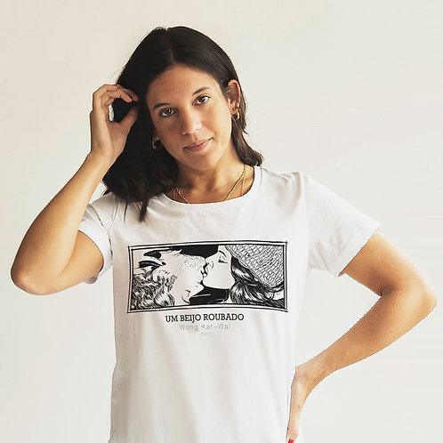 """Camiseta """"UM BEIJO ROUBADO"""""""