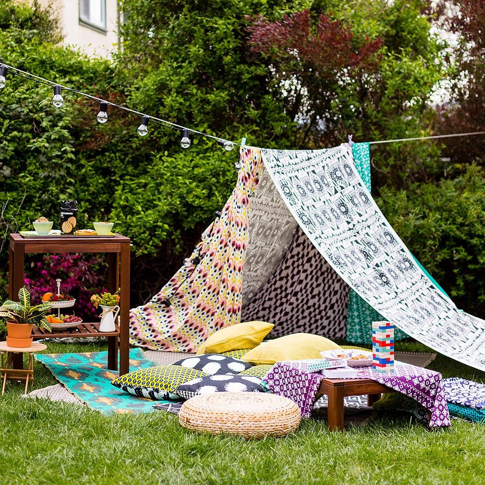 15 idées pour occuper les enfants le jour de votre mariage. Fabriquez une cabane ou un tipi juste pour eux !
