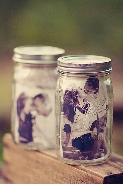 15 DIY mariage avec des bouteilles et pots en verre récupérés, pour un beau mariage écologique à petit budget. DIY cadres photo à partir de pots en verre.