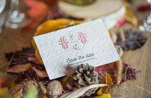Save the date, collection Éternité imprimé sur du papier ensemencé pour un mariage écolo.