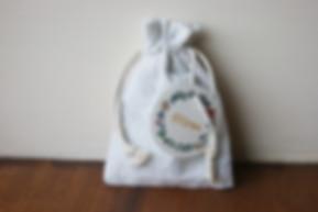 """pchon en coton bio et étiquette """"merci"""" liberty à imprimer"""