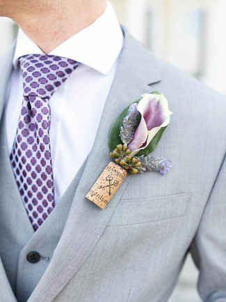 boutonnière marié fleurs et liège