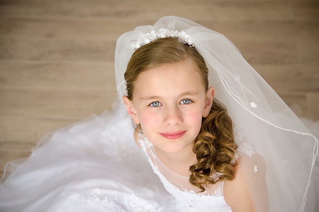 FIRST COMMUNION SESSION