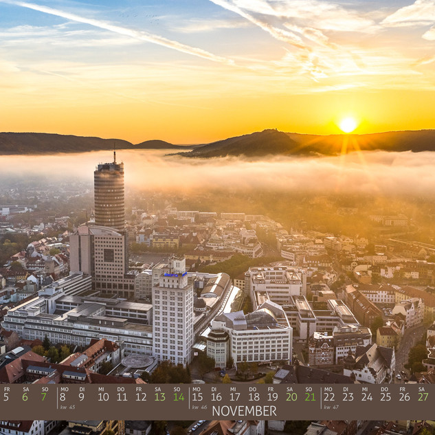 Drohnenbild_Jena_Kalender_2021_Nebel.jpg