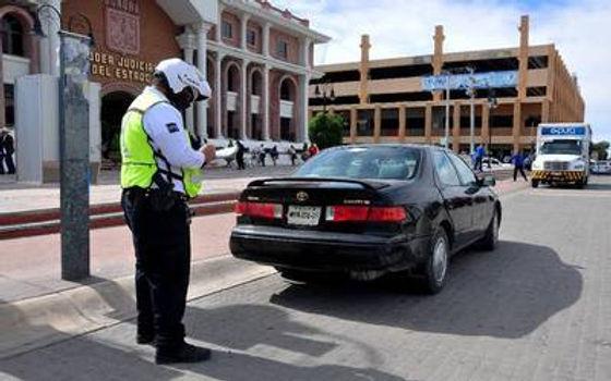 """Carros """"chocolate"""" no podrán circular por carreteras de Sonora en Semana Santa"""