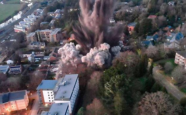 Explosión de bomba de la Segunda Guerra Mundial en Reino Unido provoca daños en viviendas