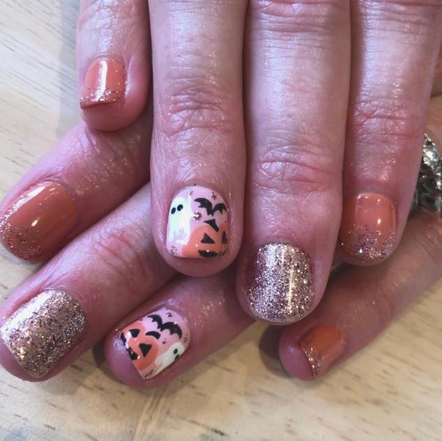nails halloween.jpg